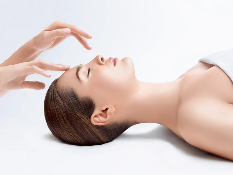 Babor Skinovage Bőrstrukturáló, bőrmegújító kezelések a bőr igényeire szabva.